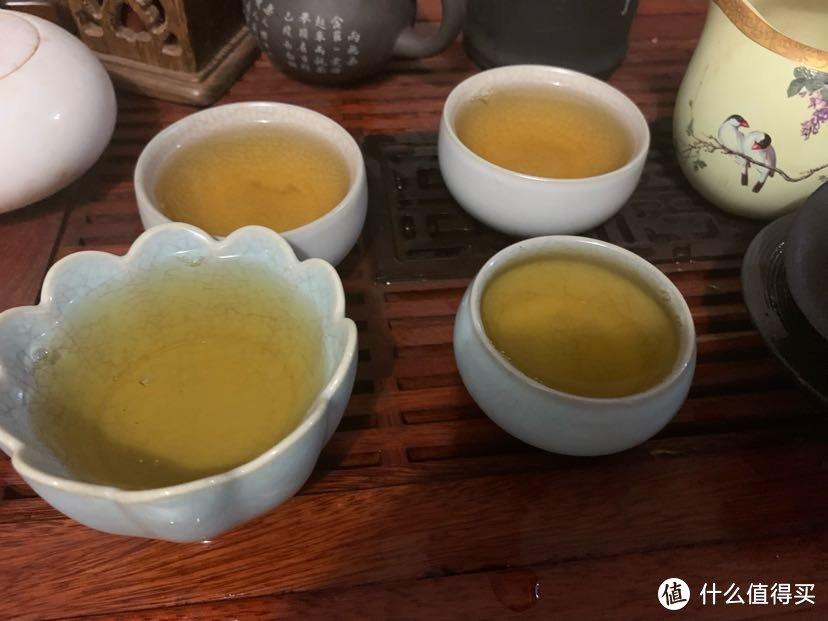 从上到下依次是第十到十三泡的茶汤
