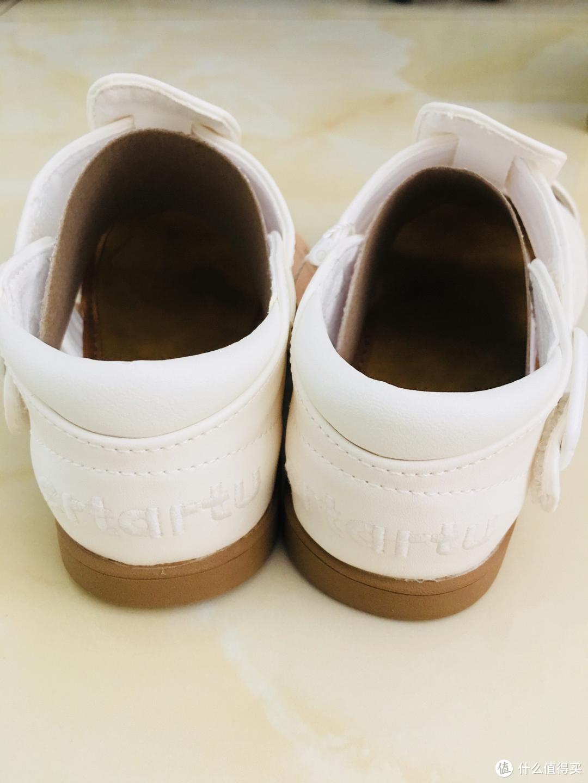 经典百搭 卡特兔包头小白凉鞋