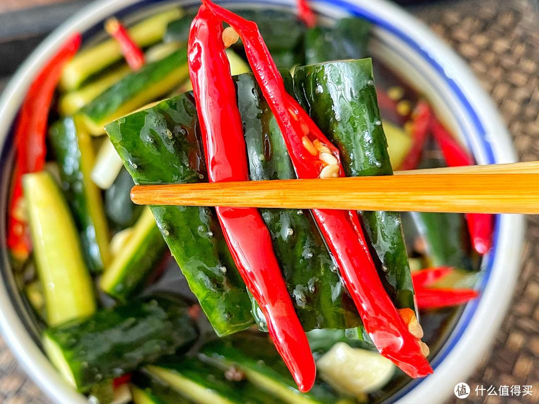腌黄瓜不脆不香,因为开始就错了,教你秘制做法,专治天热没胃口