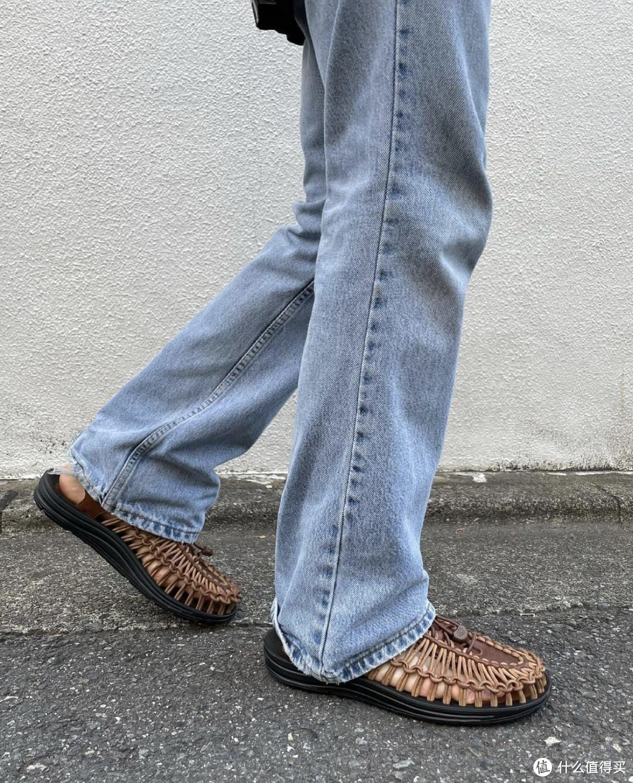 值友凉鞋新选择:兼具功能性与时尚的KEEN溯溪鞋