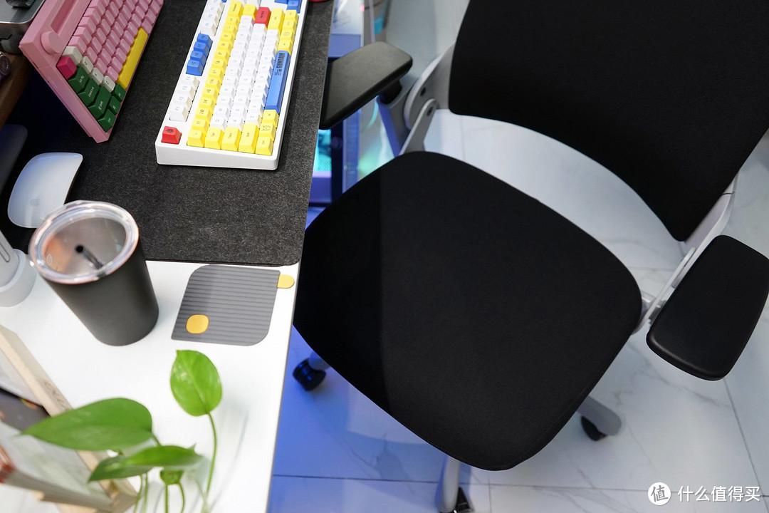 UE为你撑腰人体工学电脑椅:在家享受白领待遇,舒服就够了!