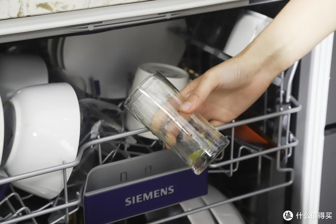 饭后洗碗省时省心,提升生活幸福感的洗碗机
