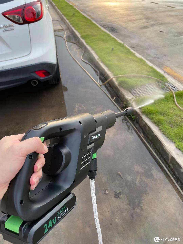 初哥的第一次洗车经历,没想到竟如此顺利,全因有这款洗车神器
