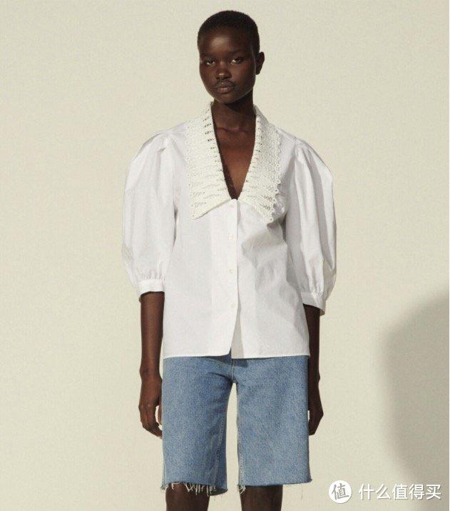 在这炎热的夏天,入手一件质感与立体感并存的衬衫,让你的夏天不在炎热~