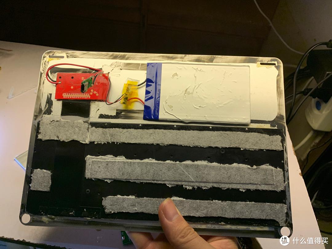 垃圾佬废物利用改造回收站2元收的iPad键盘