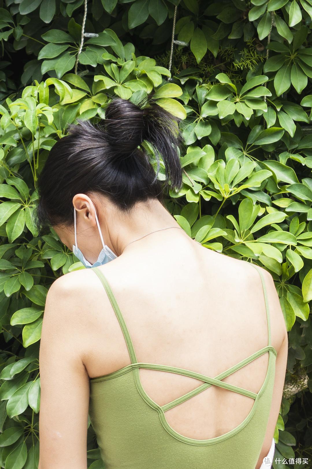 简单舒适,夏季好穿搭——爱慕半夏无托背心式文胸AM175701