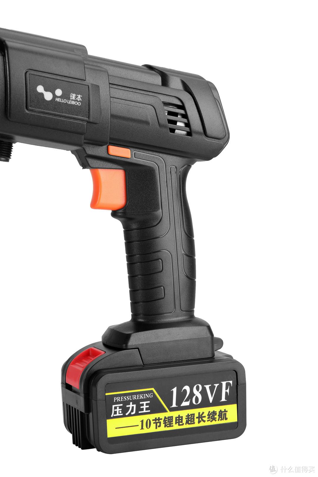 除了扳机和边上固定按钮,没有其他电源开关,电池上的红色按钮是电池释放按钮