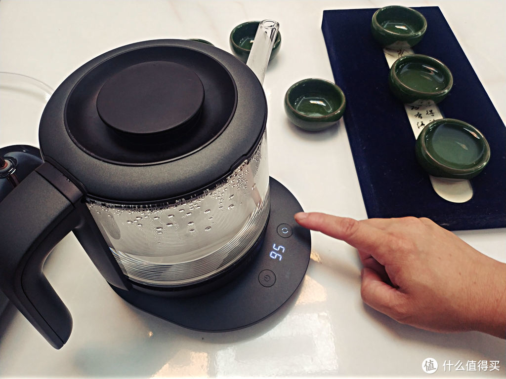 静音煮水,细品从容:入一静音恒温电热烧水壶