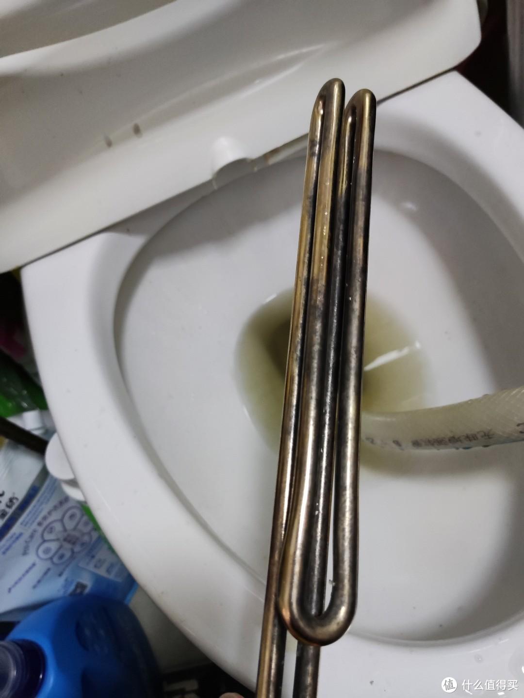 我花了三倍的钱,就是希望你们清洗热水器的时候能省下来!