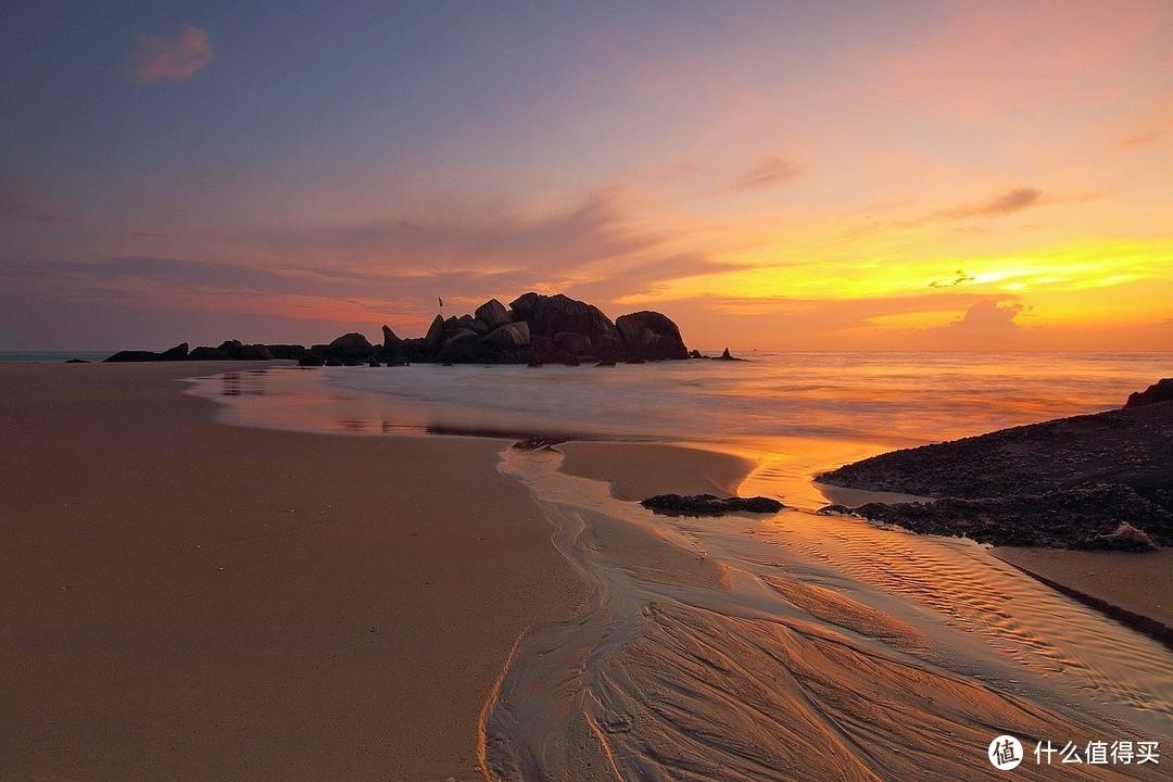 """鲜为人知的海南旅游圣地,被称为""""东方夏威夷""""!万宁旅游攻略+避坑防踩雷(超多比基尼小姐姐打卡)"""