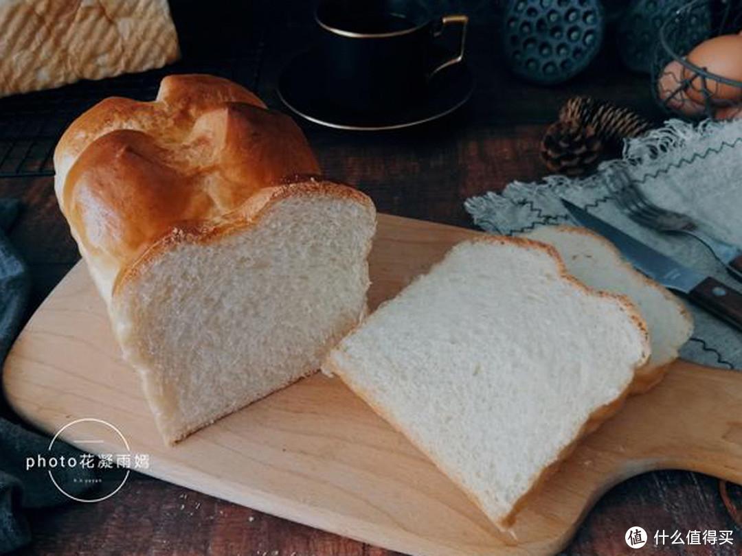 面包最简单的做法,比买的好吃,柔软拉丝,学会再也不用出去买了