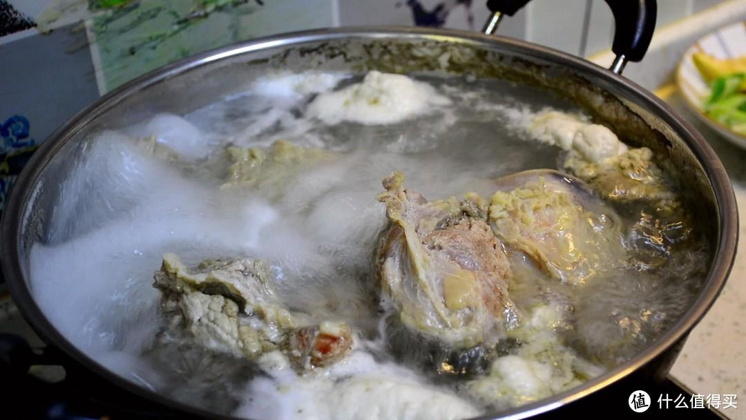 """在家做酱牛肉,牢记""""3个窍门"""",牛肉酱香味浓郁,紧实不散花"""