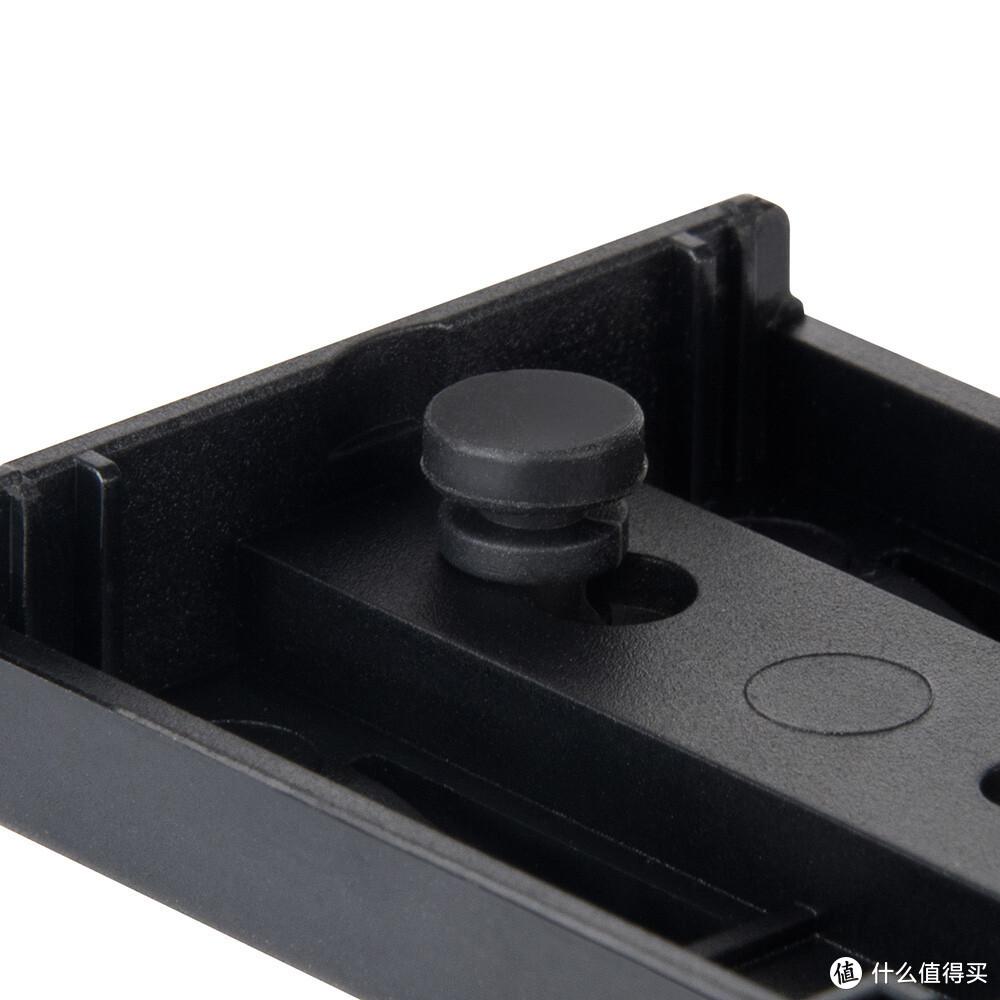 """银欣发布 Raven RVS03 """"乌鸦""""硬盘盒,至高1G/s读速"""