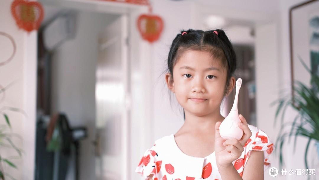 烈儿宝贝与张嘉倪推荐的牙刷怎么样?Combo儿童牙刷使用体验