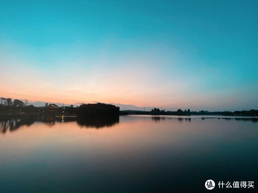 成都市区夏日好去处:北湖生态公园