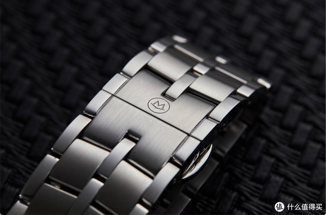 摩凡陀推出1881系列新款深蓝腕表