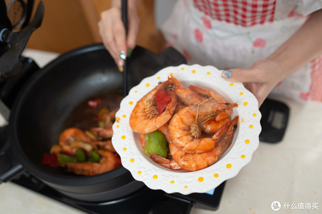 小厨娘养成日记!添可食万2.0料理机图文&视频食谱:十三香大虾,酱爆鱿鱼,蜜汁鸡翅,虾仁西兰花…
