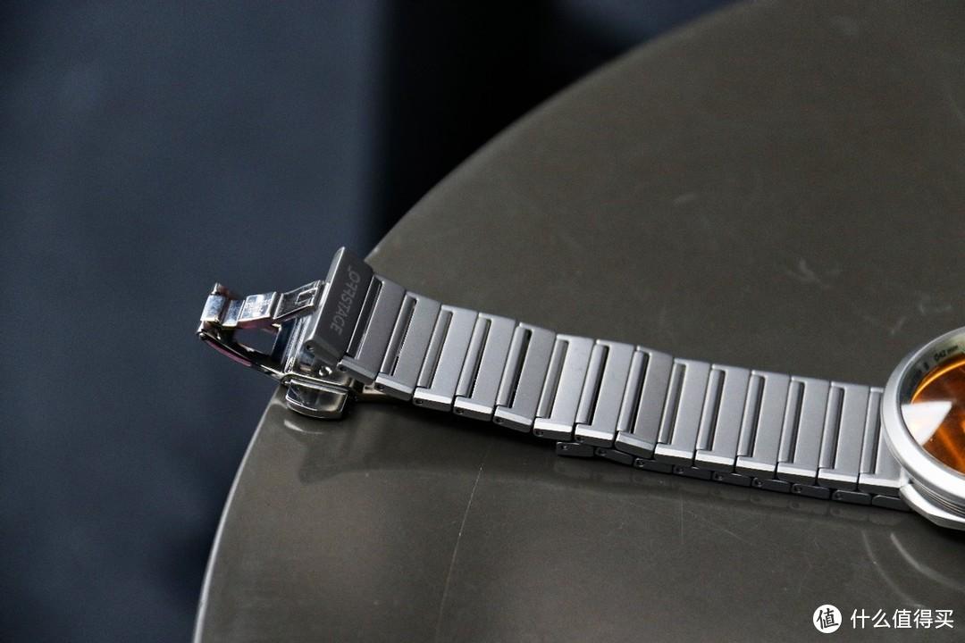 回头率爆棚:拥有科技感的太阳镜石英手表你见过吗?