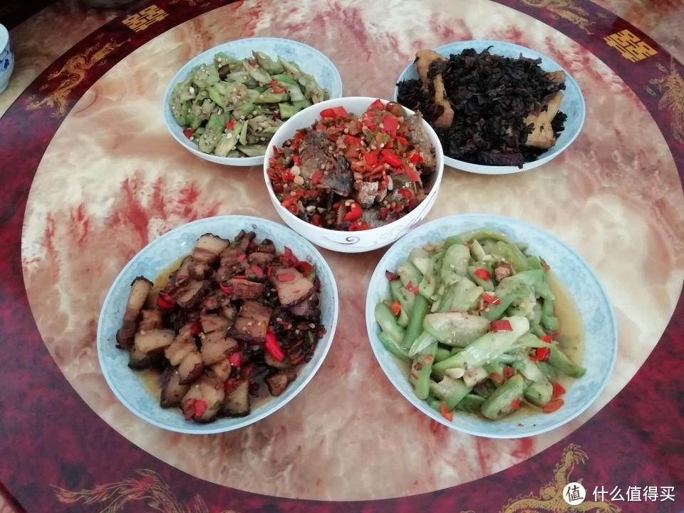 晒晒江西一家人的午餐,每天都不简单,网友:一个月伙食费够吗