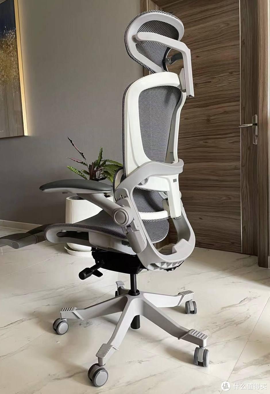 """拯救""""社畜""""腰颈的神器!开箱3D悬挂腰靠人体工学椅,加班变享受"""