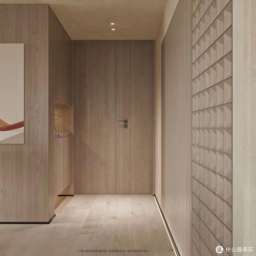 进门是打算跟换定制的木头大门,右侧是隐形的卫生间门