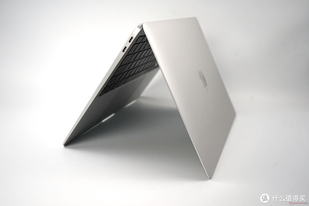 为苹果M1 MacBook Air,这款程序可以模拟风噪