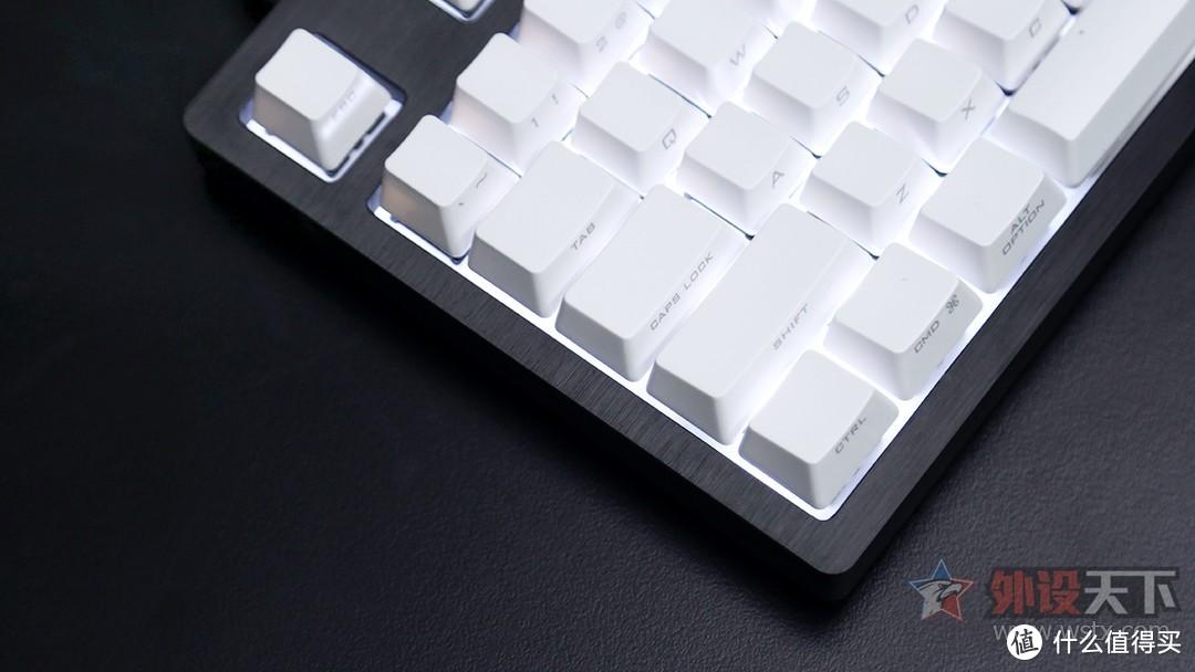 BaroccoMistel密斯特MD870铝壳机械键盘评测:金属机身,非凡质感