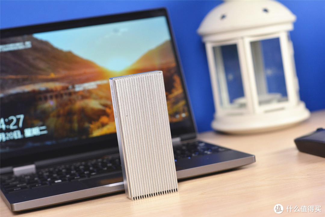 移动固态硬盘价格太贵?闲置硬盘+硬盘盒,读取达到1600MB/s