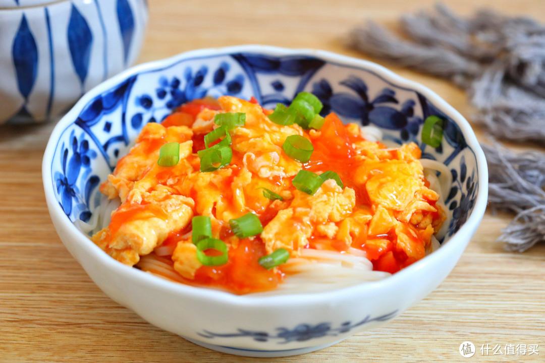 酷暑难耐没食欲,我家经常吃这面条,酸爽开胃,蛋香十足汤汁浓郁