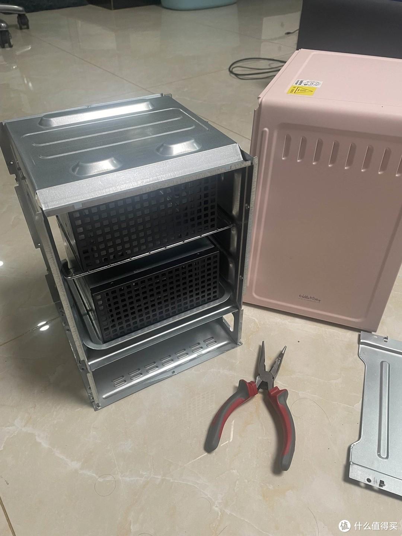 烤箱爆改6盘位NAS,30T影片库我的智能家居核心,5W低功耗,捡垃圾的快乐改造~