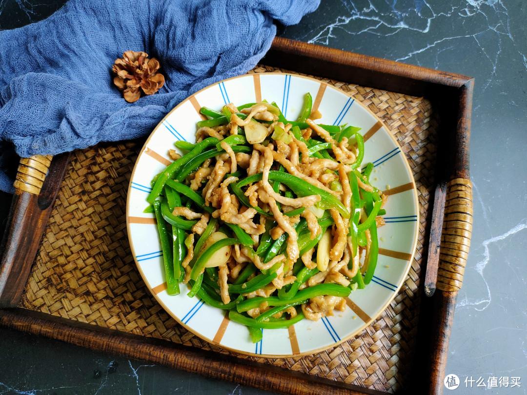无论炒肉丝还是肉片,都不要直接下锅炒,学会饭店做法,又嫩又滑
