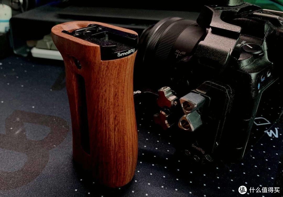 绝对是最帅的佳能R5/R6相机定制兔笼-斯莫格黑曼巴兔笼
