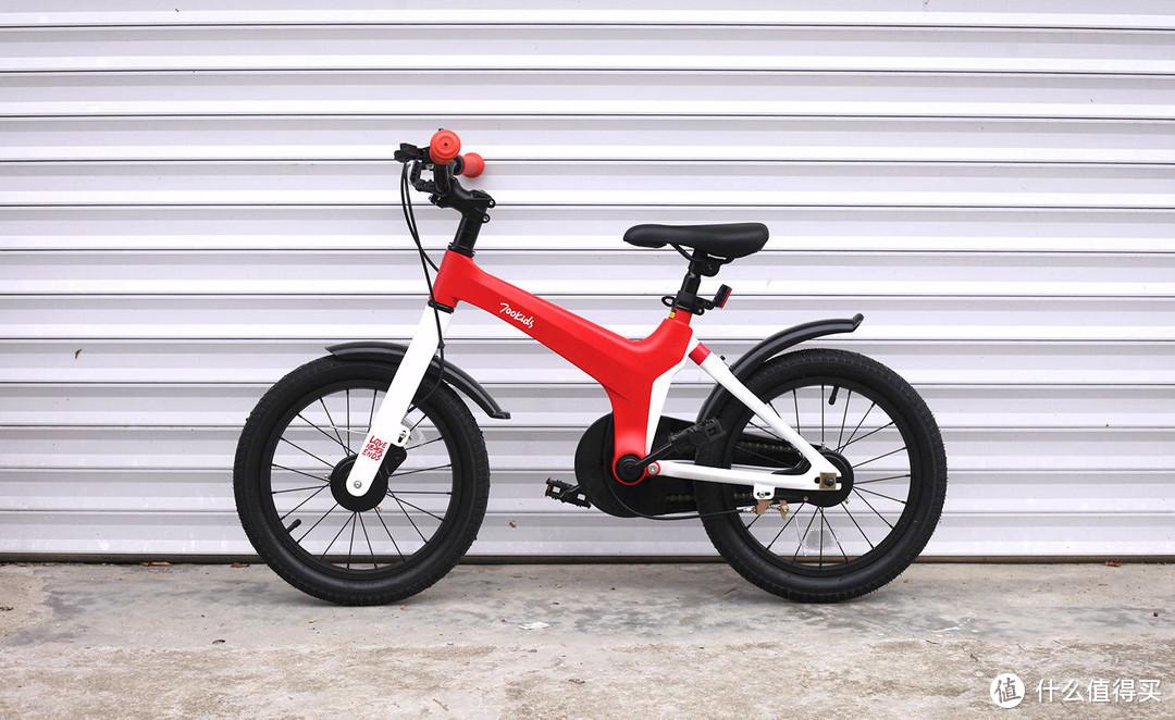 柒小佰儿童自行车测评,塑料姐妹花就为这辆自行车还闹掰了