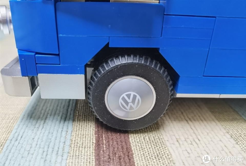 轮毂大众标志为印刷件