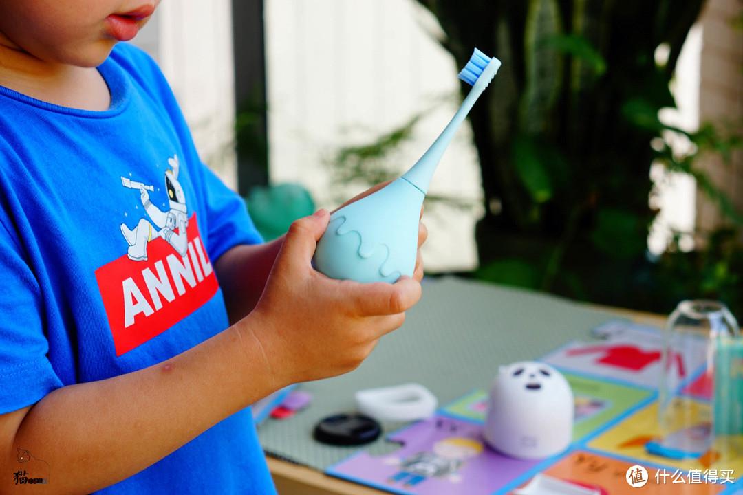 宝宝牙齿的守护神--combo儿童电动牙刷