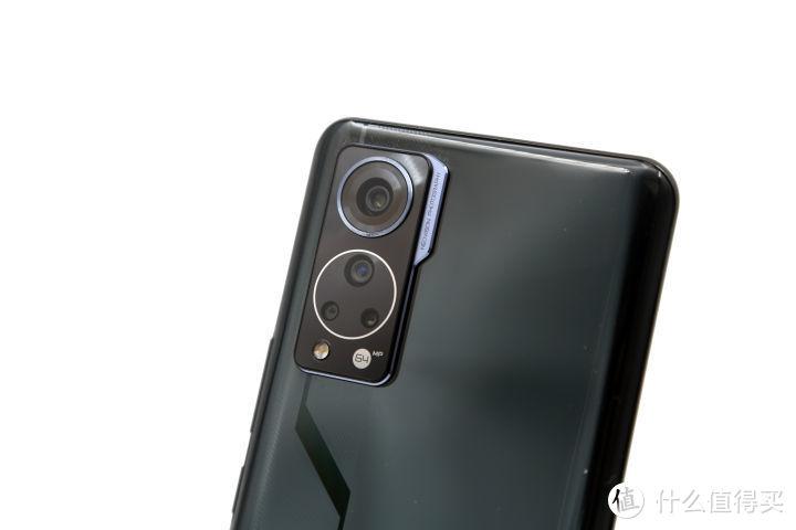 这是一次完美的进化 中兴Axon 30 5G屏下摄像手机抢先体验