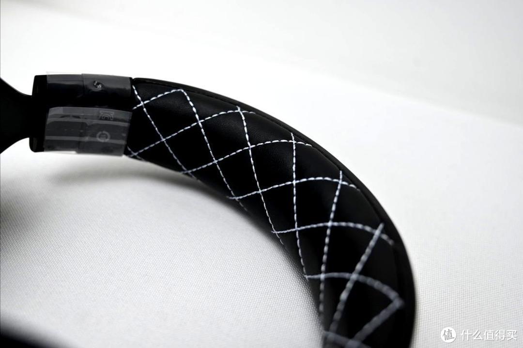 一拍不漏,耳机的基本修养HS60 HAPTIC