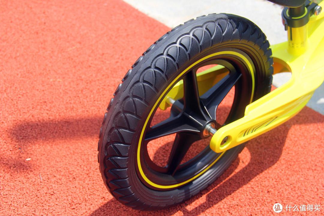 孩子大运动发育迟缓?试试酷骑儿童平衡车