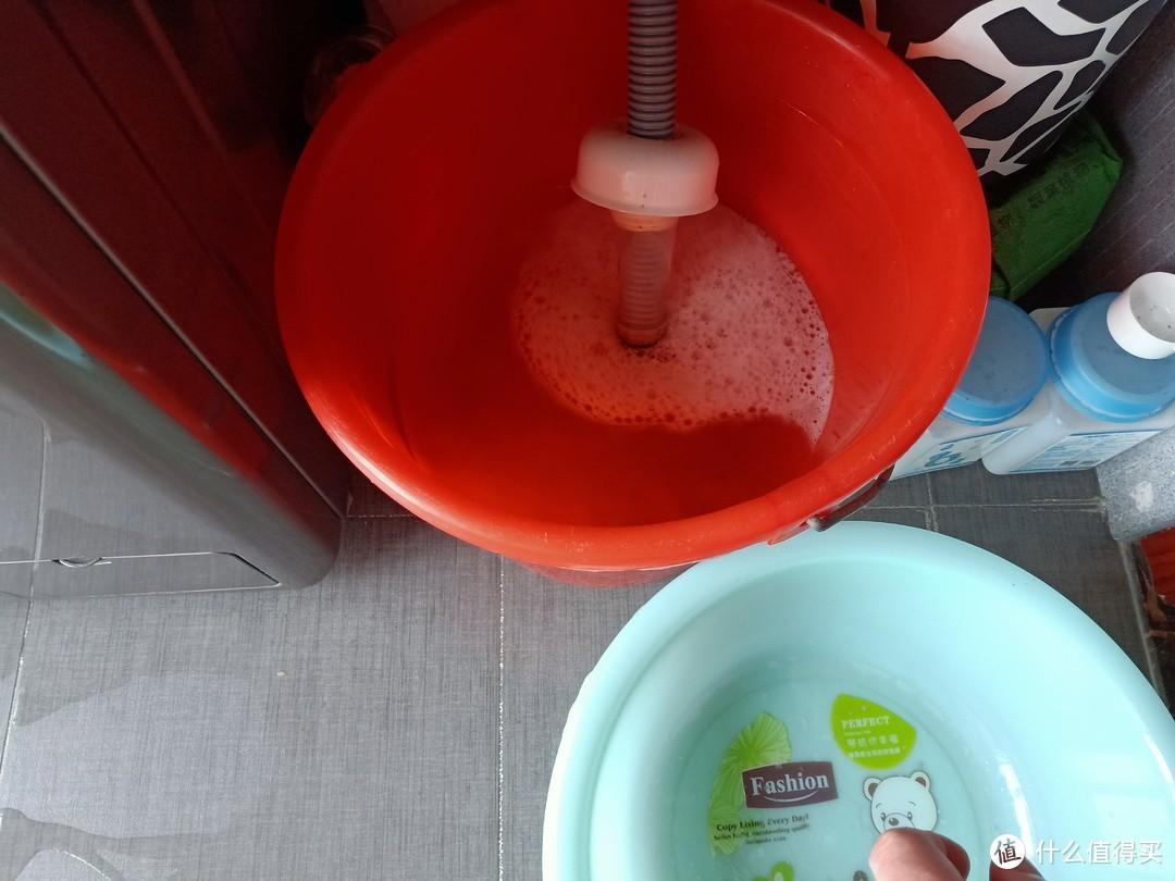 天哪,没想到我家的洗衣机这么脏!才用了2年呀