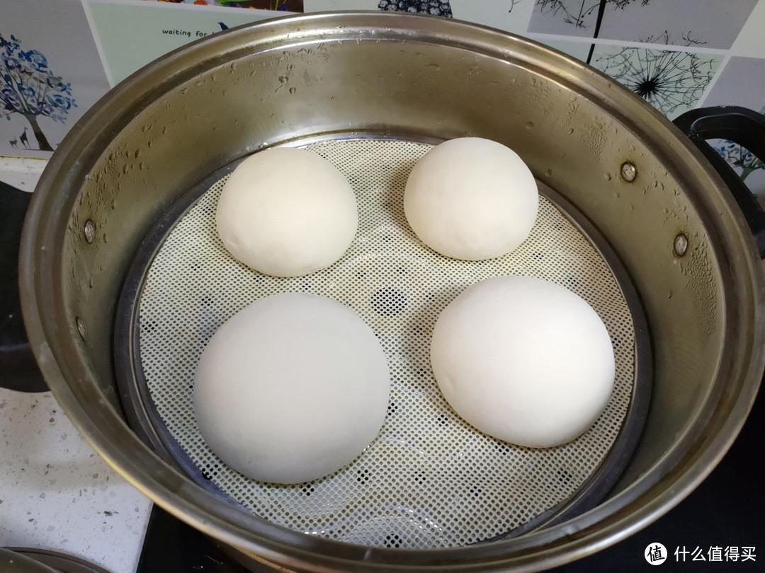 蒸馒头,冷水上锅还是热水上锅?不少人搞错了,难怪馒头不够暄软