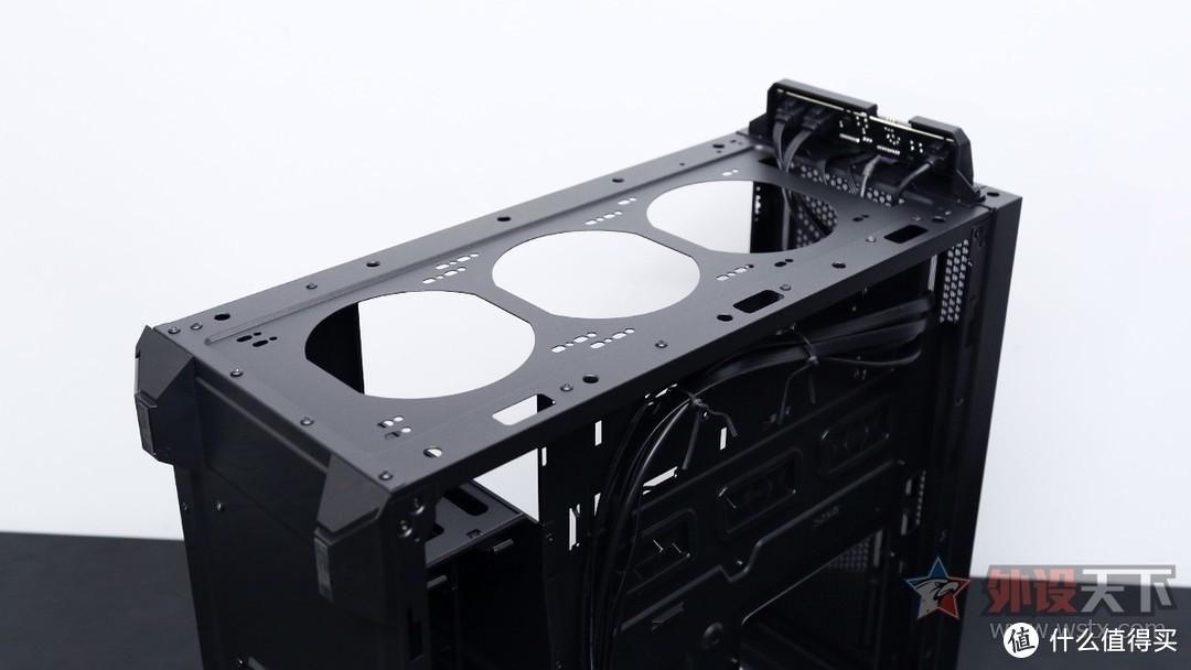酷冷至尊MB540 ARGB机箱装机简评:幻彩流光