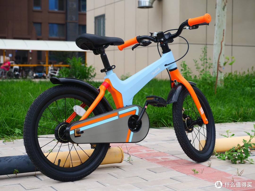 选对童车让孩子爱上骑行,柒小佰16寸童车入手小测