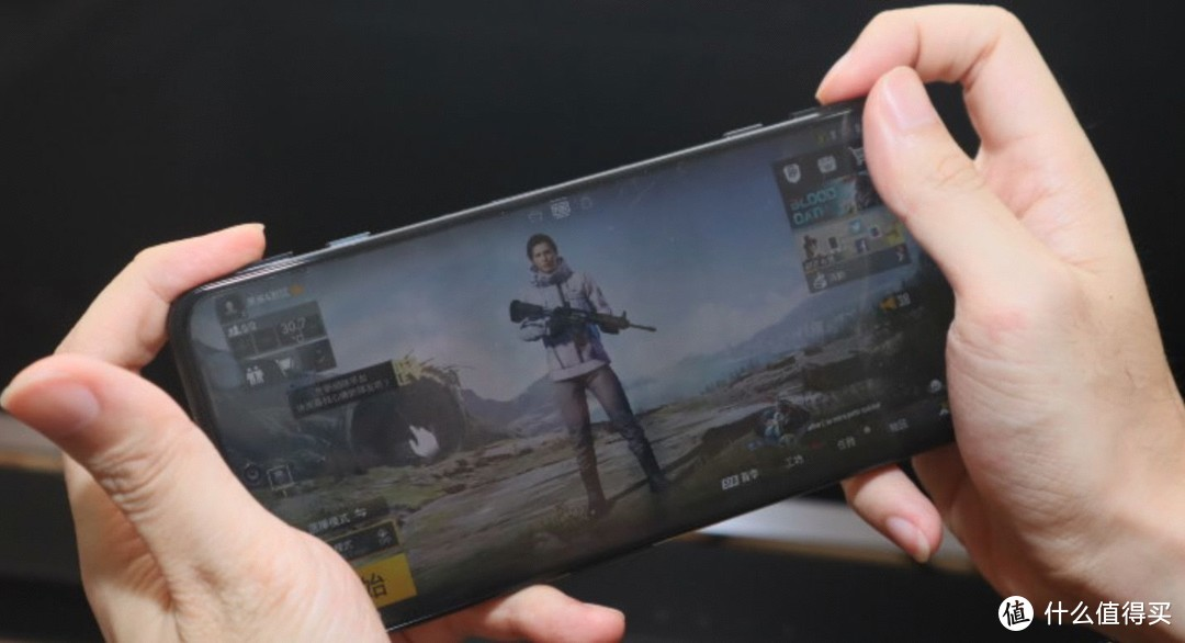 电竞游戏手机黑鲨4值得买吗,实际上手体验!