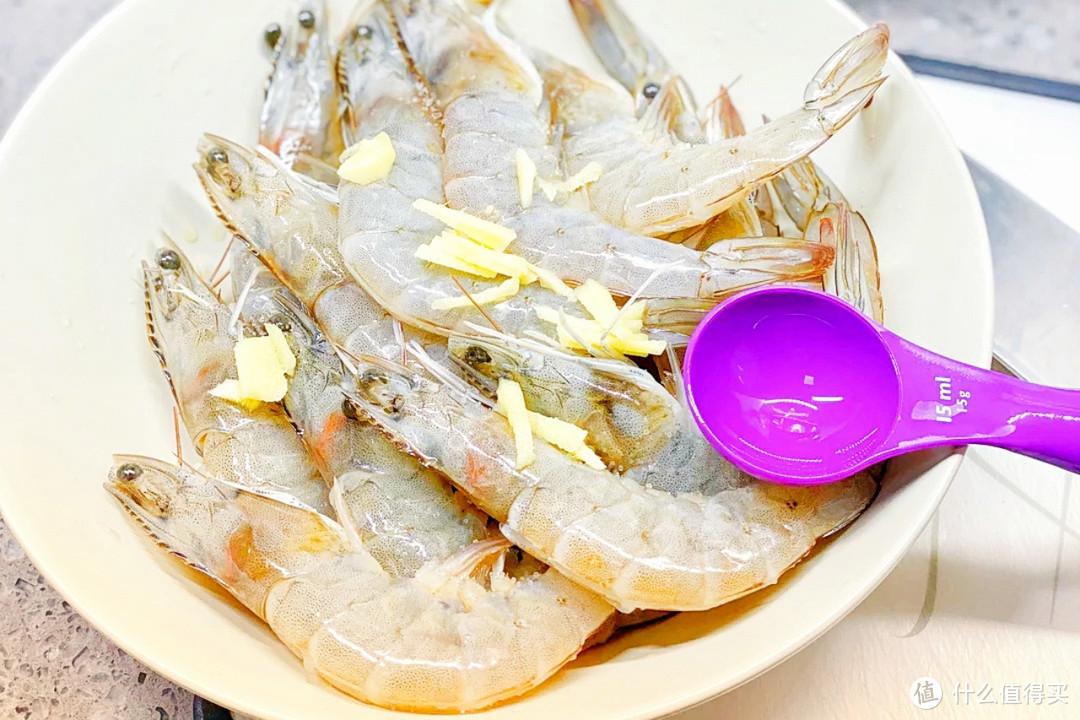 """做油焖大虾,别直接下锅焖!谨记""""3要点"""",酱香鲜嫩,Q弹多汁"""