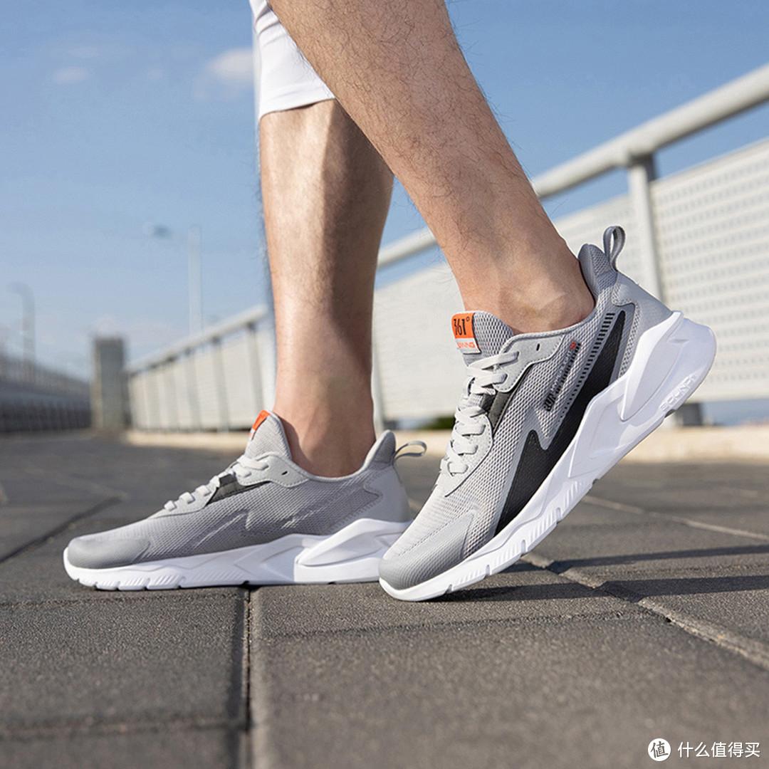 国产10大品牌男士运动鞋特卖款推荐——甜蜜七夕,送他一款国产运动鞋吧!
