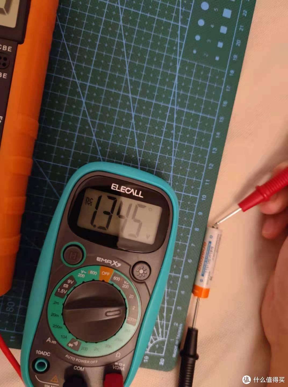 测量镍氢充电电池测量电压
