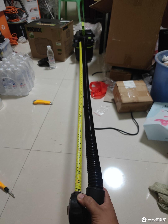 可以拉长到150cm,还能更长点,但是机器人不是很重,再拉就跟着走了