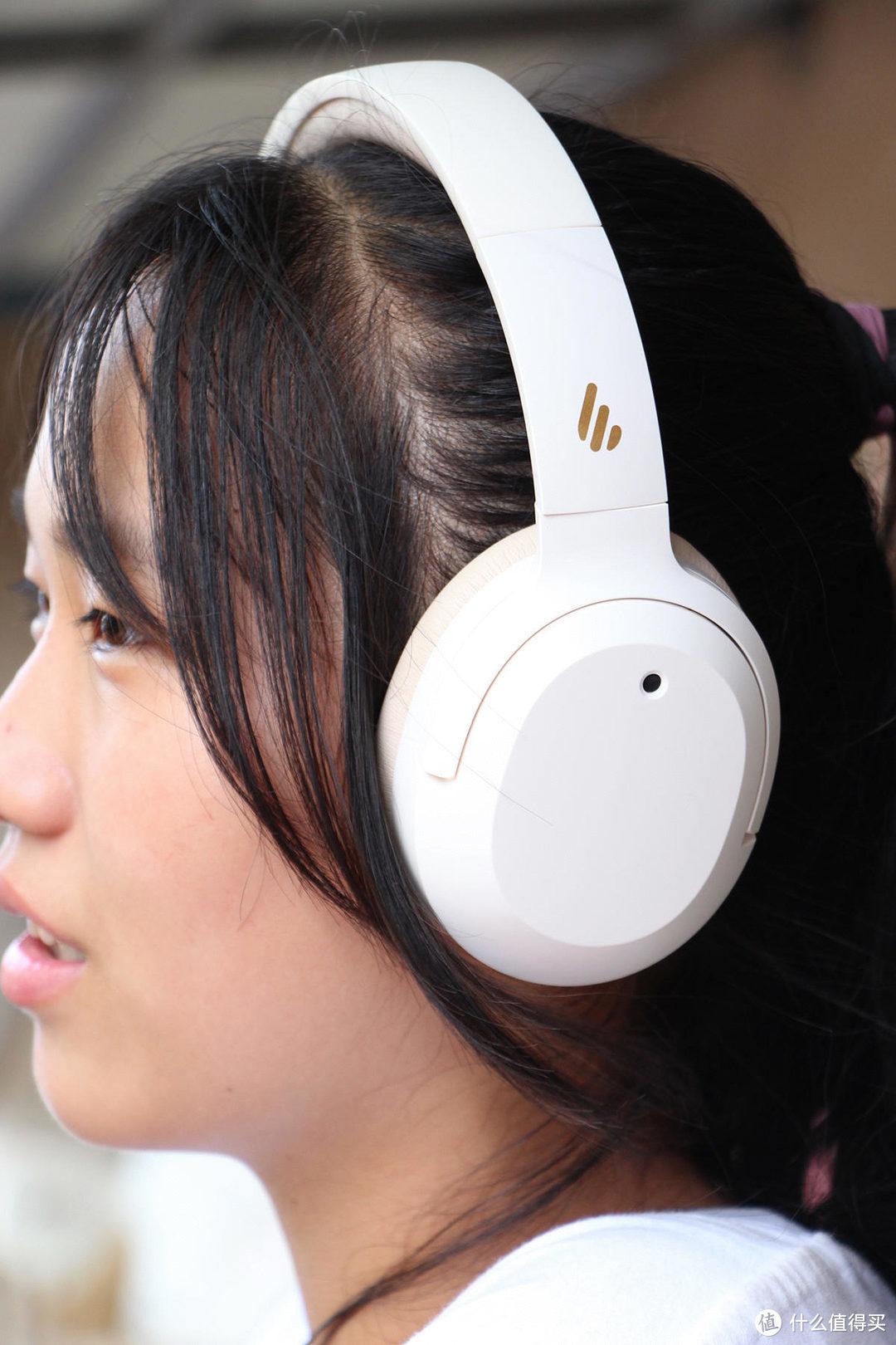 头戴式降噪耳机经久不衰,漫步者新品W820NB我先测为敬
