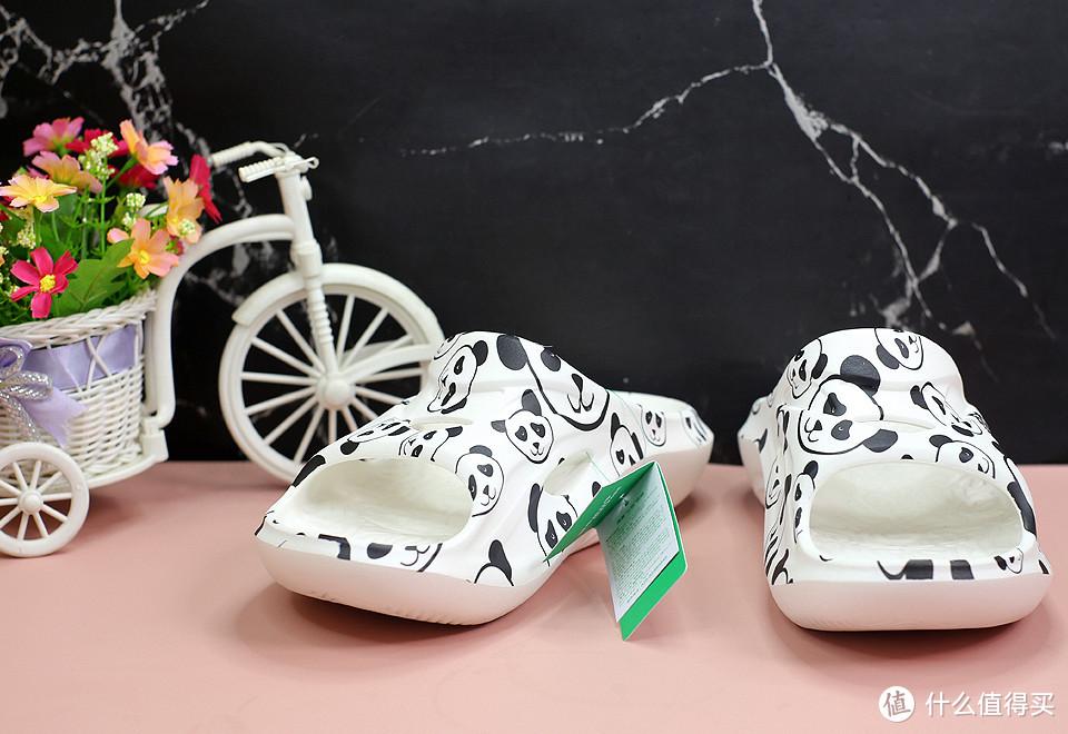 弹性十足,舒缓感受,咕咚熊猫款运动舒缓拖鞋体验