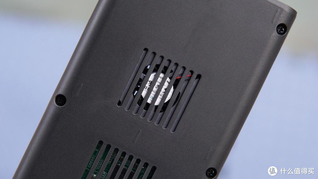 优越者S206A双盘位M.2硬盘盒体验:强力散热 数据无忧